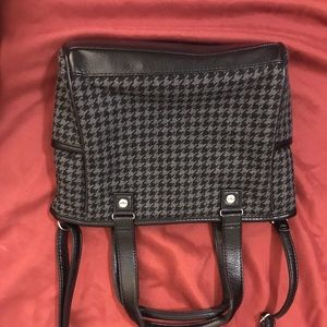 Thirty one houndstooth purse